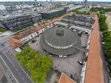 GER, Feature Luftbilder des Muenchner Postpalastes, Partilokation des FC Bayern