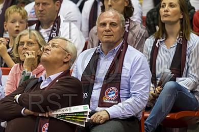GER, BBL,Meisterschafts Halbfinale  FC Bayern Muenchen vs. Brose Bamberg