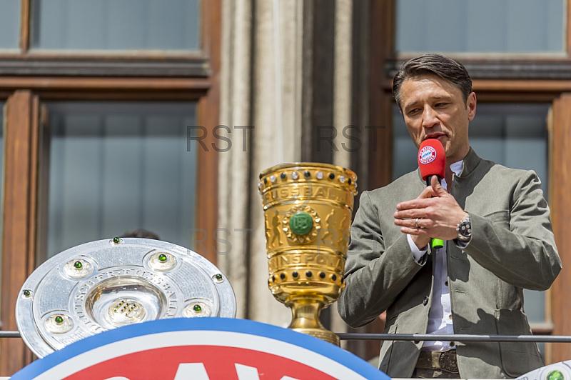 GER, 1.FBL,  FC Bayern Muenchen Meisterfeier auf dem Marienplatz