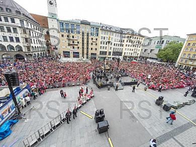 GER, 1.FBL, Meister Double Feier auf dem Marienplatz Muenchen